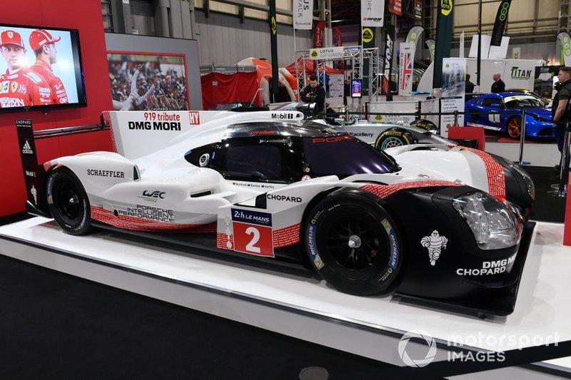 The Porsche 919 Hybrid on the Autosport stand