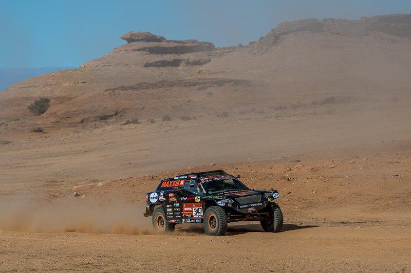 #347 Jefferies e Maxxis Dakar Team: Tim Coronel, Tom Coronel