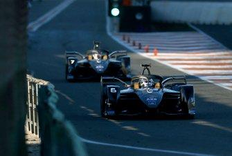 Brendon Hartley, Dragon Racing, Penske EV-4 exits the pit lane ahead of Nico Müller (CHE), GEOX Dragon, Penske EV-4