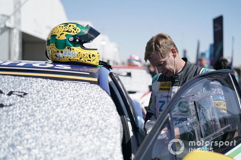 Mário Haberfeld, ZEG iCarros Jaguar Brazil on the grid