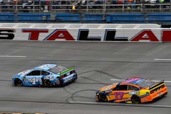 Kevin Harvick, Stewart-Haas Racing, Ford Mustang Busch Light and Ricky Stenhouse Jr., Roush Fenway Racing, Ford Mustang SunnyD