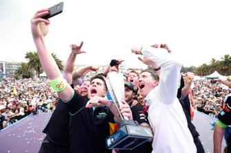 James Barclay, Team Director, Panasonic Jaguar Racing, the team celebrate their victory with a selfie