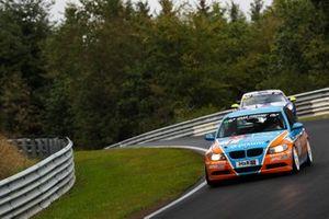 #1 Pixum Team Adrenalin Motorsport BMW 325i: Philipp Leisen, Danny Brink, Christopher Rink