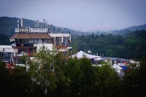 Spa circuit building overview