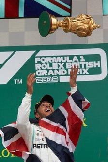 Lewis Hamilton, Mercedes AMG F1, vainqueur