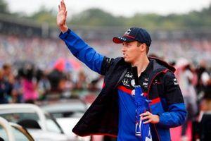 Daniil Kvyat, Toro Rosso on the drivers parade