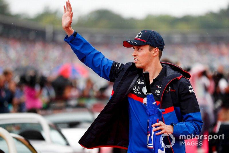 Даниил Квят перед стартом гонки