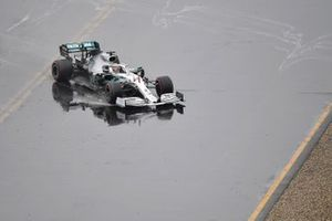 Lewis Hamilton, Mercedes AMG F1 W10, loses control of his car and heads for the gravel