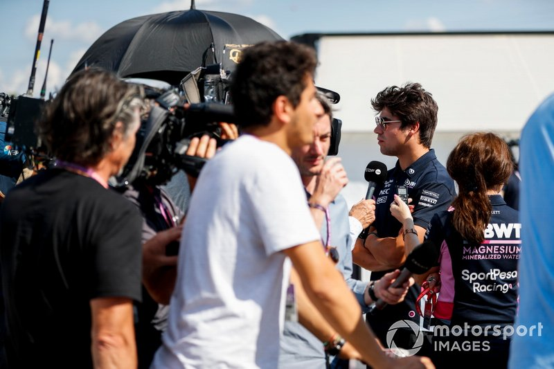 Lance Stroll, Racing Point, parle à la presse