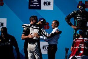 Race winner Sébastien Buemi, Nissan e.Dams celebrates with Michael Carcamo, Nissan e.Dams on the podium