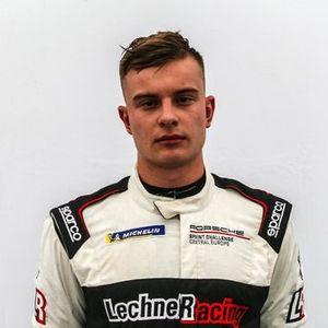 Jan Antoszewski, Porsche Cayman GT4 Clubsport