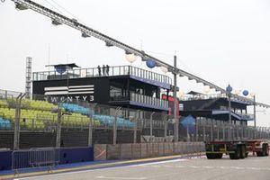 Voorbereidingen aan het Marina Bay Circuit
