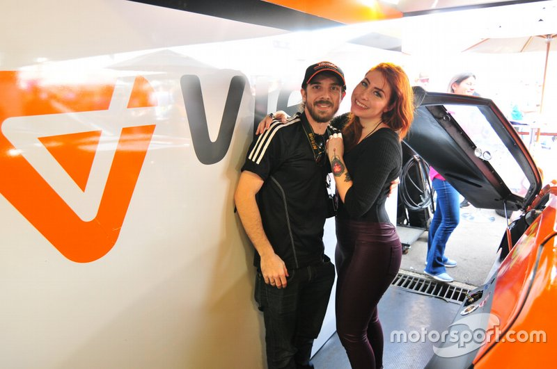 Filipe Saldanha e Júlia Bettanin