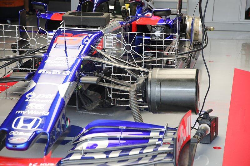 Toro Rosso STR14 con sensores