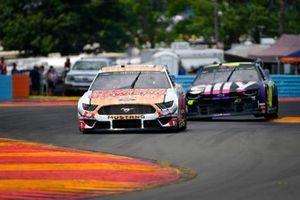 Aric Almirola, Stewart-Haas Racing, Ford Mustang Go Bowling, Jimmie Johnson, Hendrick Motorsports, Chevrolet Camaro Ally