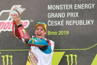 Podium: race winnaar Alex Marquez, Marc VDS Racing