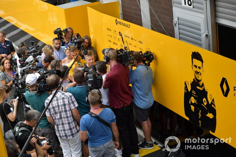Nico Hulkenberg, Renault F1 Team, talks to the media