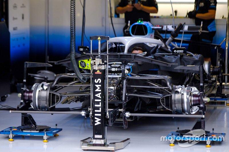 Williams FW42 en el garaje