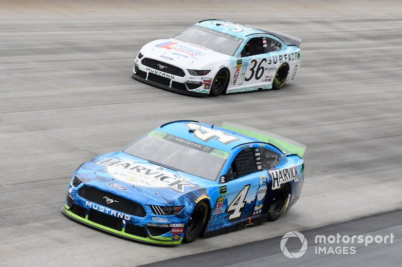 Kevin Harvick, Stewart-Haas Racing, Ford Mustang Busch Beer All Harvick, Matt Tifft, Front Row Motorsports, Ford Mustang Delaware Lottery/Surface