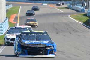 William Byron, Hendrick Motorsports, Chevrolet Camaro Hendrick Autoguard, David Ragan, Front Row Motorsports, Ford Mustang MDS Transport