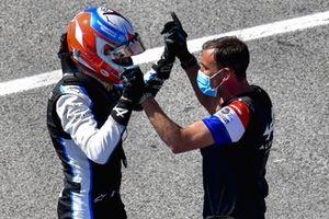 Esteban Ocon, Alpine F1, en el Parc Ferme tras la clasificación