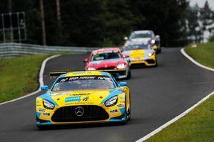 #6 Haupt Racing Team Mercedes-AMG GT3: Patrick Assenheimer, Hubert Haupt, Manuel Metzger