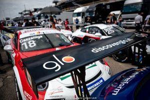 Auto di Cazzaniga con lo sponsor Glo