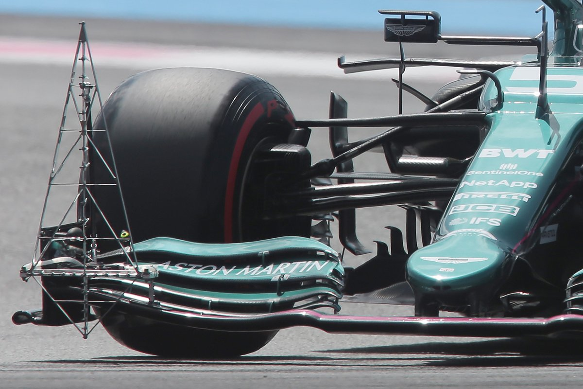 Detalle del sensor del alerón delantero de Aston Martin