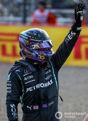 Poleman Lewis Hamilton, Mercedes