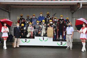 金、銀、銅メダルを獲得したチームは全車が5分ピットのクラスだった