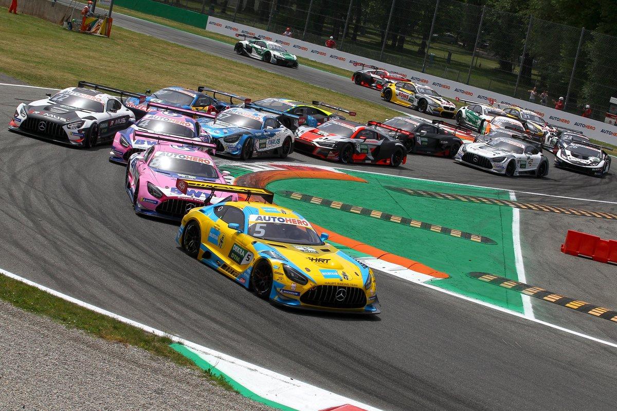 Start, Vincent Abril, Haupt Racing Team Mercedes AMG GT3 leidt