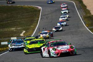 #30 Frikadelli Racing Team Porsche 911 GT3 R: Mathieu Jaminet, Nick Tandy, Earl Bamber, Matt Campell