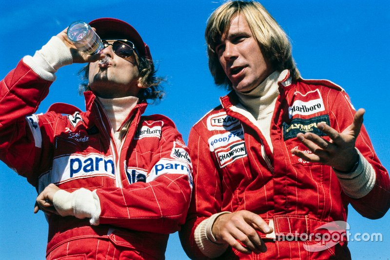 Niki Lauda, Ferrari, e James Hunt, McLaren