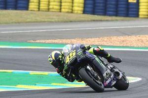 Valentino Rossi, Yamaha Factory Racing almost crashing