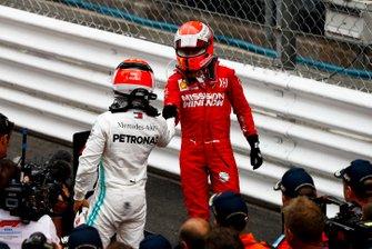 Race Winner Lewis Hamilton, Mercedes AMG F1 and Sebastian Vettel, Ferrari celebrate in Parc Ferme