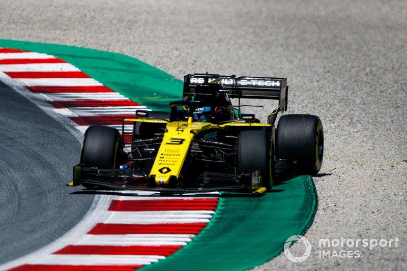 2019 óta a Renault versenyzője, de eddig csak 16 pontot gyűjtött és a 9. helyen áll a bajnokságban