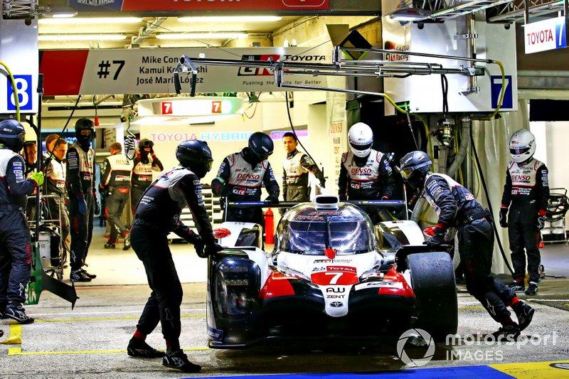 Danni alla #7 Toyota Gazoo Racing Toyota TS050: Mike Conway, Jose Maria Lopez, Kamui Kobayashi