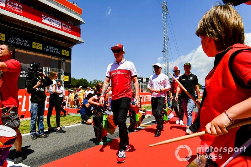 Kimi Raikkonen, Alfa Romeo Racing, lors de la parade des pilotes