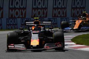 Pierre Gasly, Red Bull Racing RB15, Lando Norris, McLaren MCL34