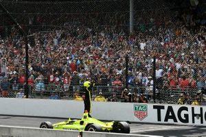 Simon Pagenaud, Team Penske Chevrolet celebrates the win