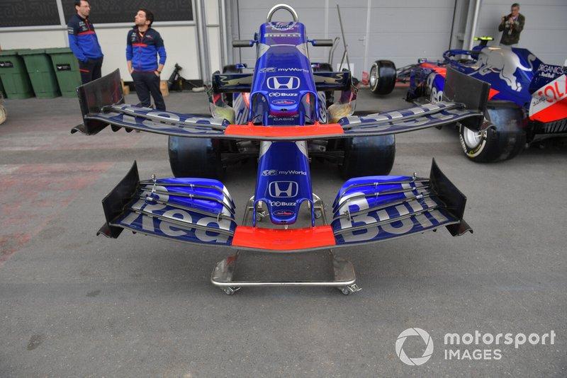 Alerón delantero de Toro Rosso STR14