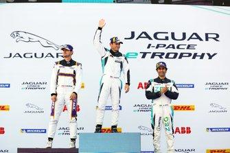 Bryan Sellers, Rahal Letterman Lanigan Racing, 1st position, Stefan Rzadzinski, TWR TECHEETAH, 2nd position, Sérgio Jimenez, Jaguar Brazil Racing, 3rd position, on the podium