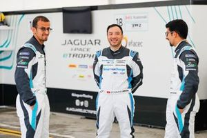 Teammates Bandar Alesayi, Saudi Racing, Ahmed Bin Khanen, Saudi Racing with Darryl O'Young, Jaguar VIP car