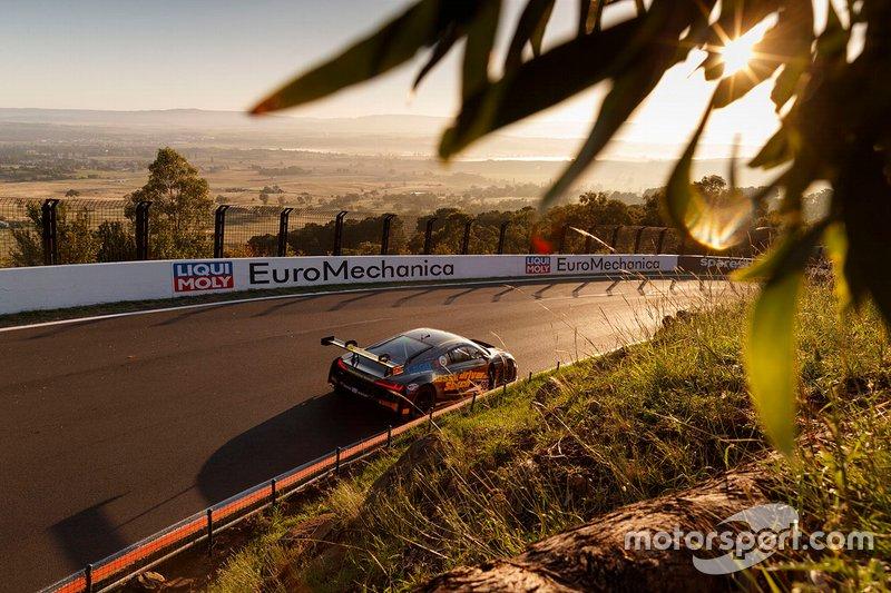 #98 Matt Stone Racing Audi R8 LMS: Todd Hazelwood, Roger Lago, David Russell