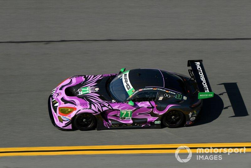 45. GTD: Максимилиан Бюк, Фабиан Шиллер, Доминик Бауманн, Джей-Си Перес, P1 Motorsports, Mercedes-AMG GT3 (№71)
