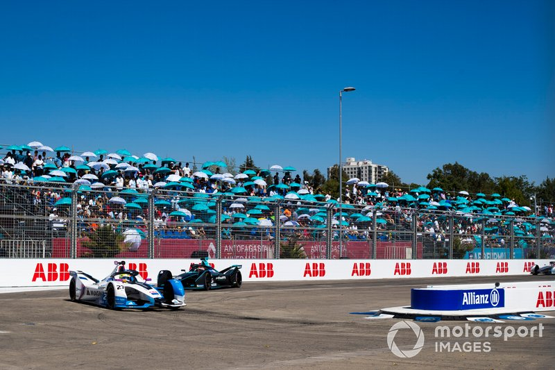 Alexander Sims, BMW i Andretti Motorsport, BMW iFE.18 Mitch Evans, Jaguar Racing, Jaguar I-Type 3