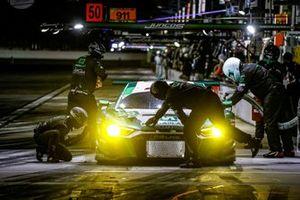 Пит-стоп: Даниэль Морад, Кристофер Мисс, Дрис Вантхор, Montaplast by Land Motorsport, Audi R8 LMS GT3 (№29)