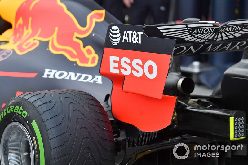 Rear wing of the Red Bull Racing RB15