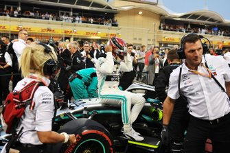 Lewis Hamilton, Mercedes AMG F1, arrives on the grid
