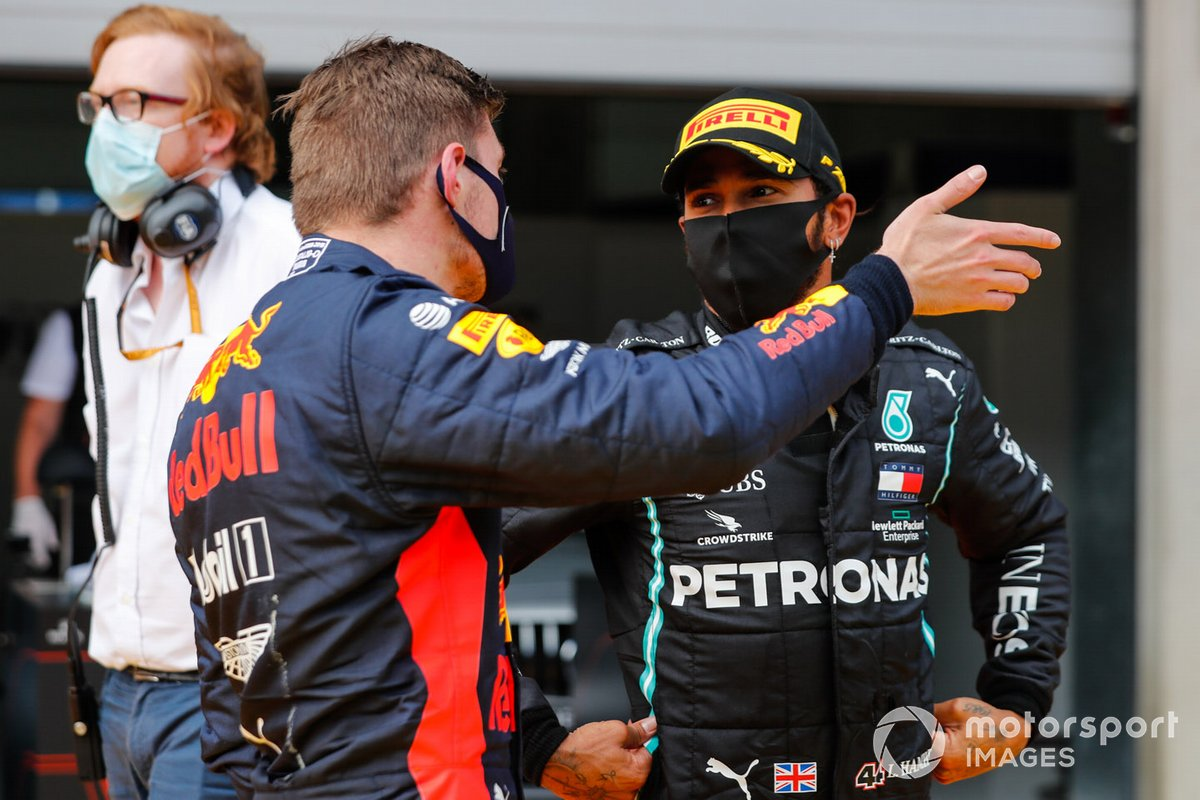 Max Verstappen, Red Bull Racing, gesticulates to Lewis Hamilton, Mercedes-AMG Petronas F1